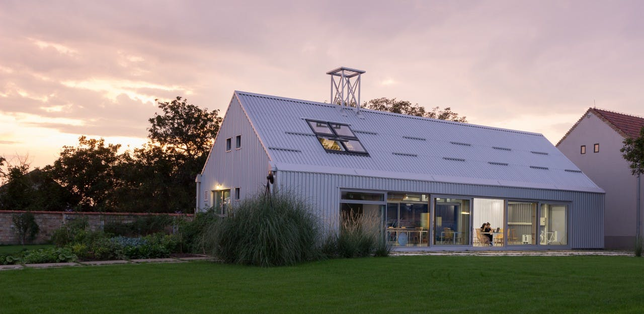 Charming Modern Rural Complex - Incl. Coworking + Gym + Lounge Areas