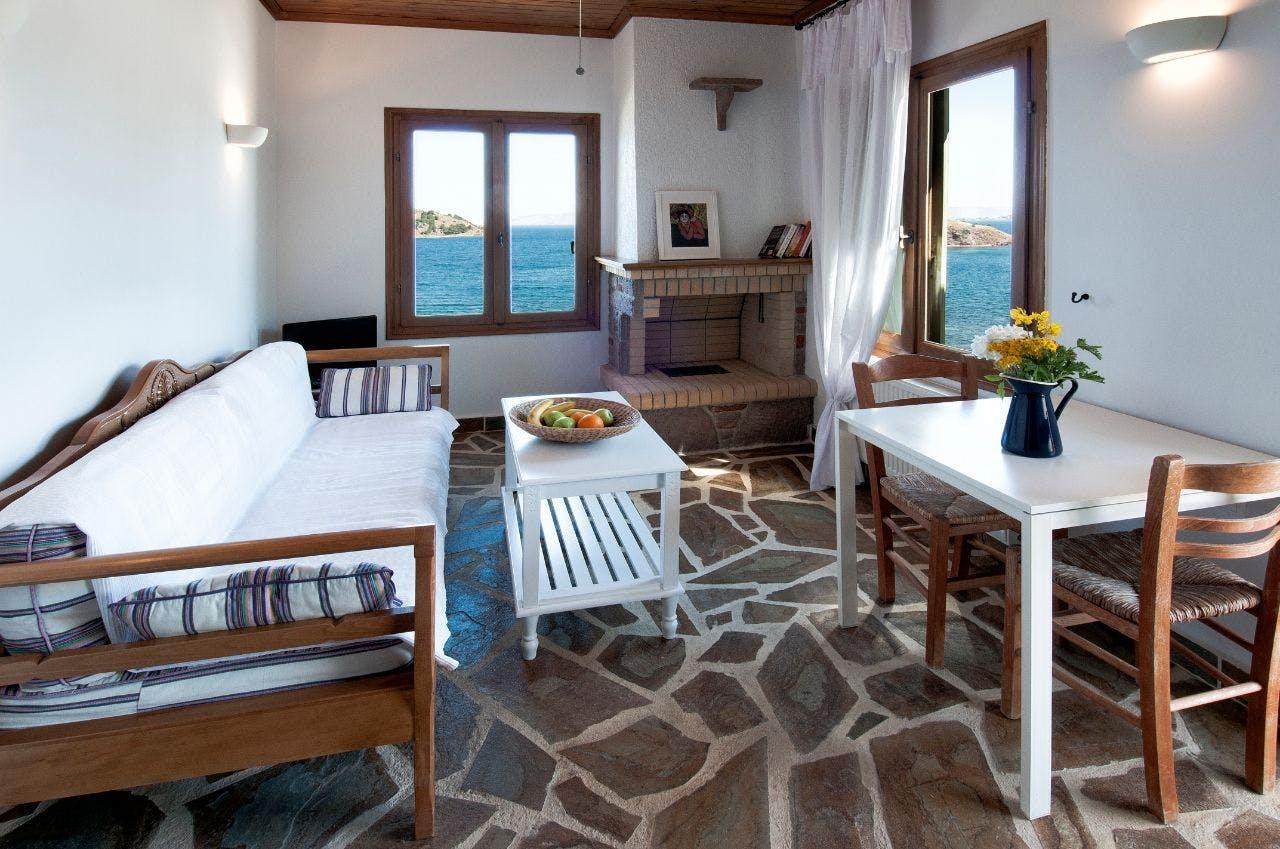 Generous Modern Villa Overlooked The Sea  w/ Coworking + Pool