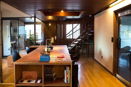 Unique Renovated House - Incl. Coworking + Rooftop Deck