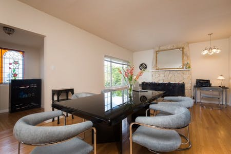 Close to SF Airport | Spacious House w/ Backyard