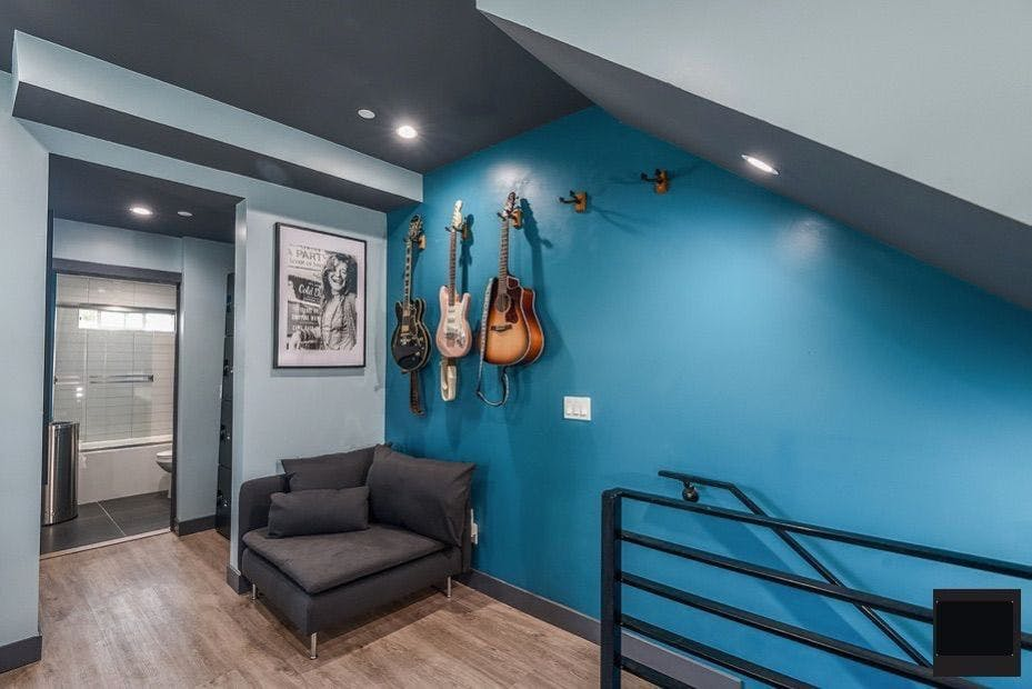 24 Residents | North Hobart Blvd. -  East Hollywood | Stunning Modern House - Incl. Creative Studios + Terrace