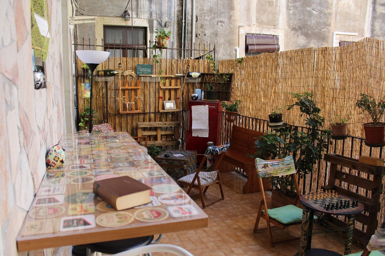11 Residents | Catania City Center | Historical Sicilian Vintage House w/ Coworking + Terrace