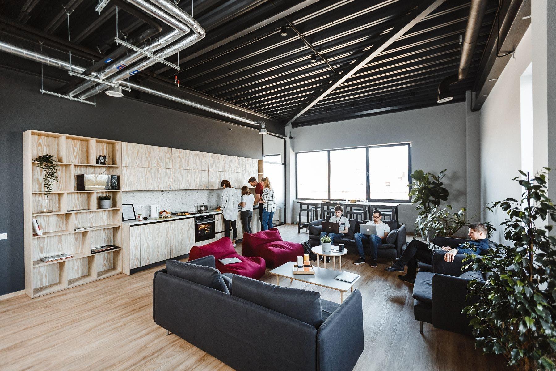 54 Residents | Klaipėda | Stylishly Renovated Apt. w/ Coworking + Gym