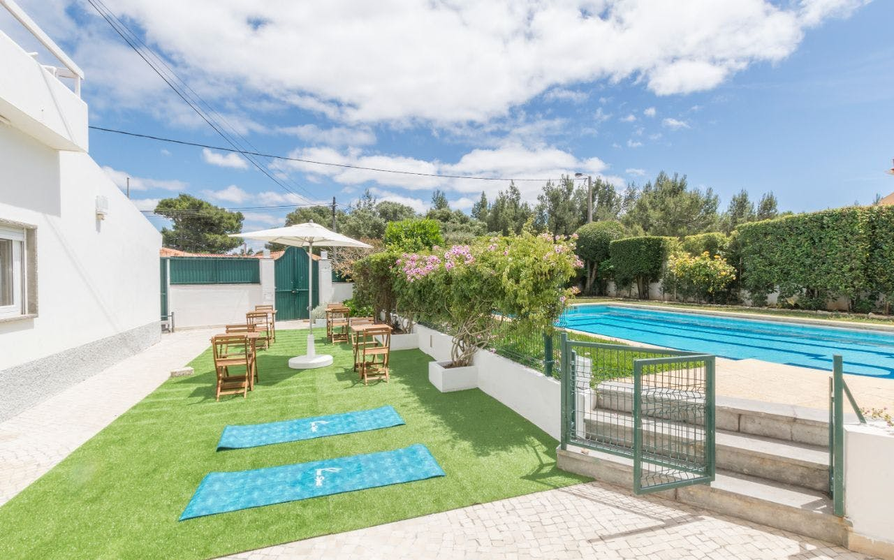 26 Residents | Cascais | Amazing Trendy Stylish Villa - Incl. Coworking + Pool