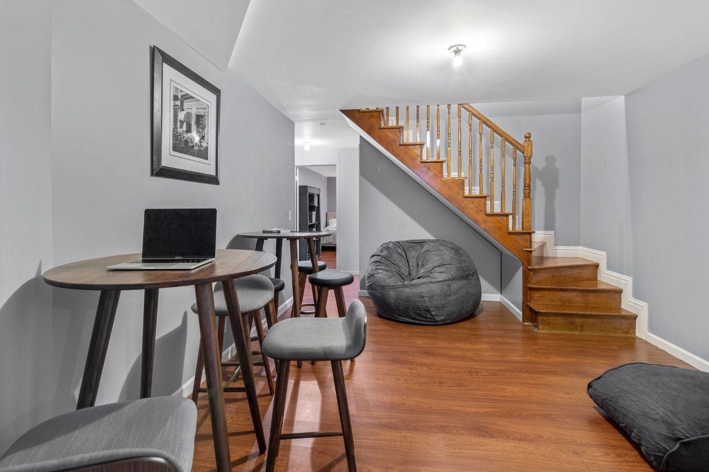 7 Residents | Kingsland Ave. - Greenpoint | Freshly Renovated House - Incl. Coworking