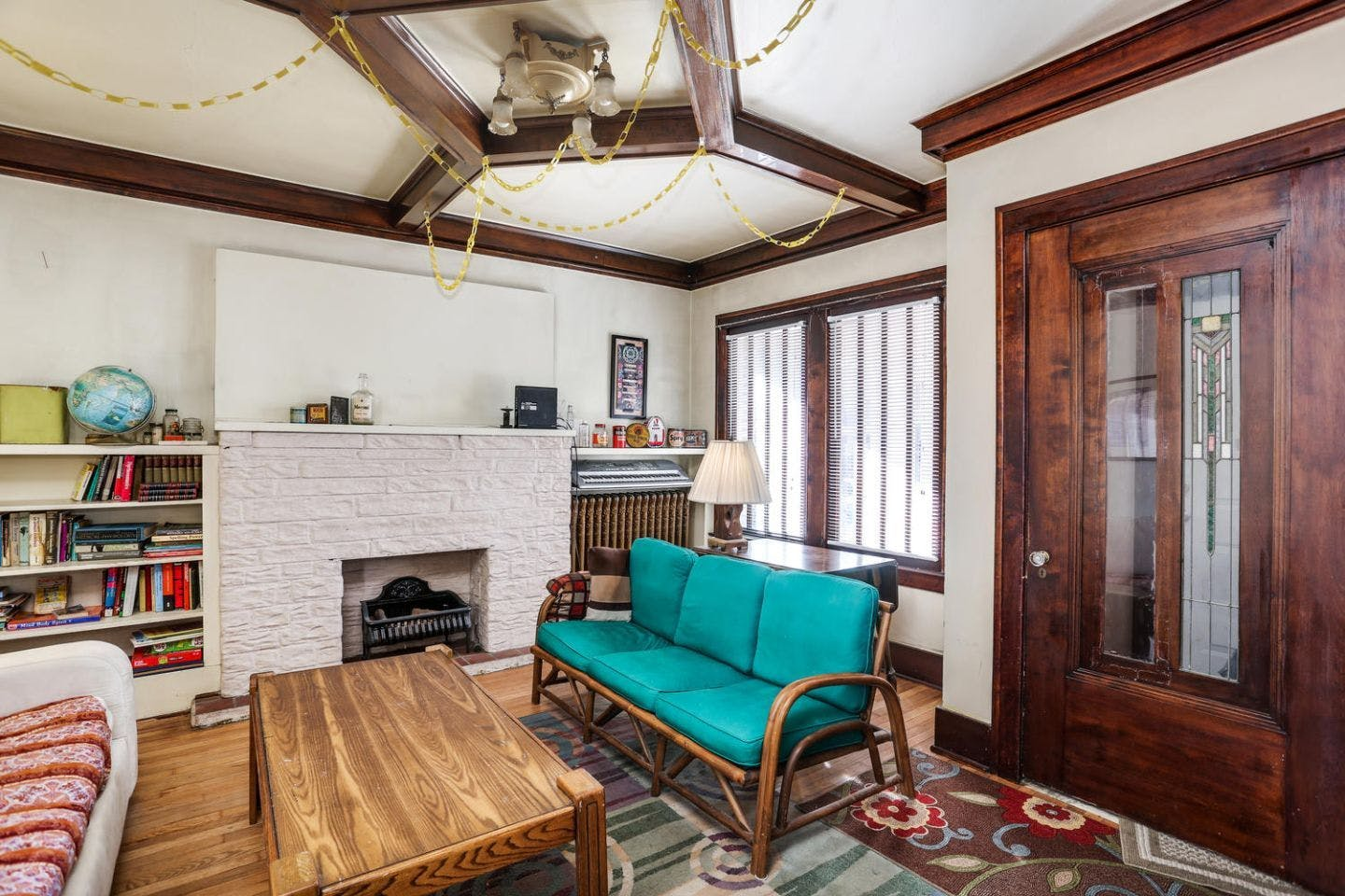 12 Residents | Burns Ave. - Pingree Park | Oversized Classic House - Incl. Workspace