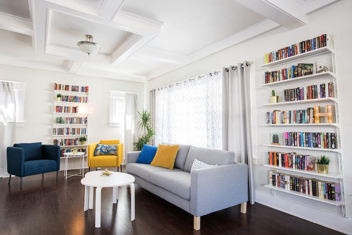 24 Residents | Carlos Ave - Hollywood | Incl. Photo Studio