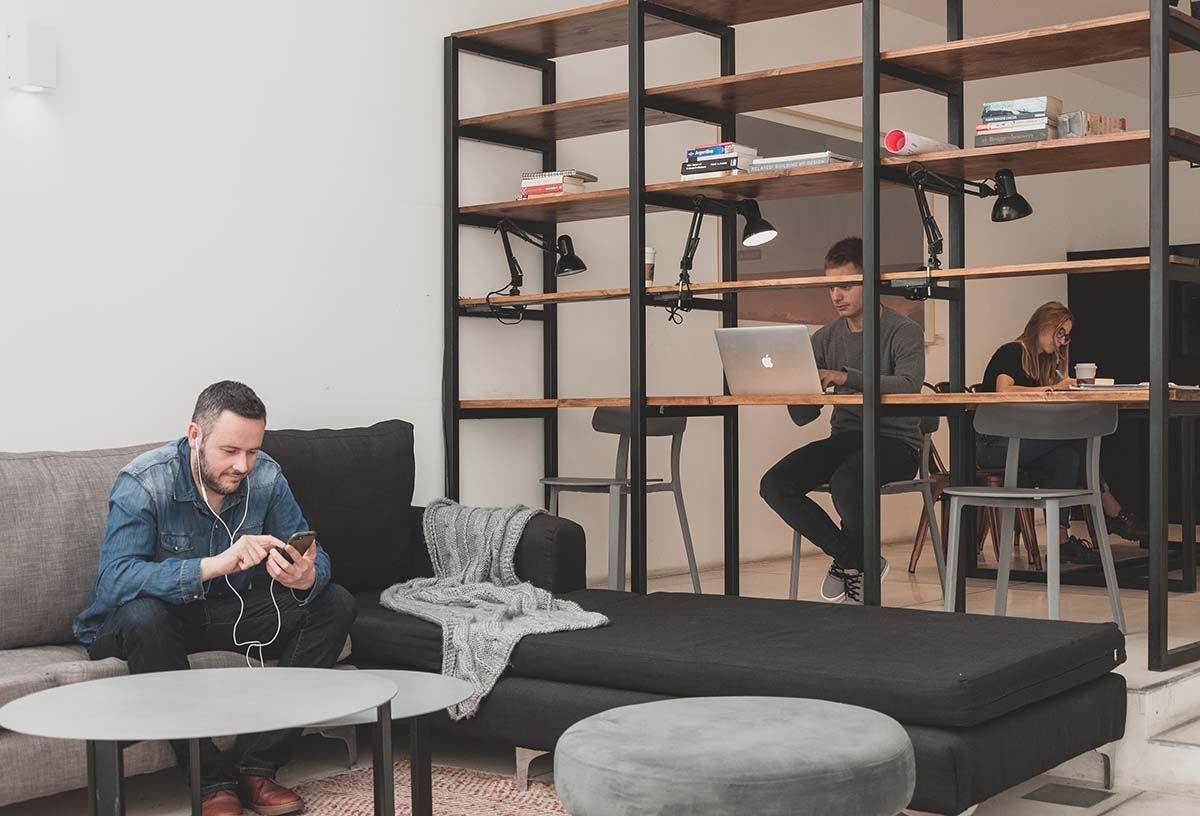 6 Residents   Balcarce - San Telmo - Prime Location   Modern Loft Apt. - Incl. Pool + Solarium + Coworking