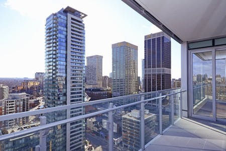 326 Residents | Sherbourne St. - Upper Downtown | High-Rise Luxury Complex - Incl. Gym + Outdoor Terrace
