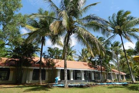 Spacious Rural House - Incl. Pool + Sports Facilities