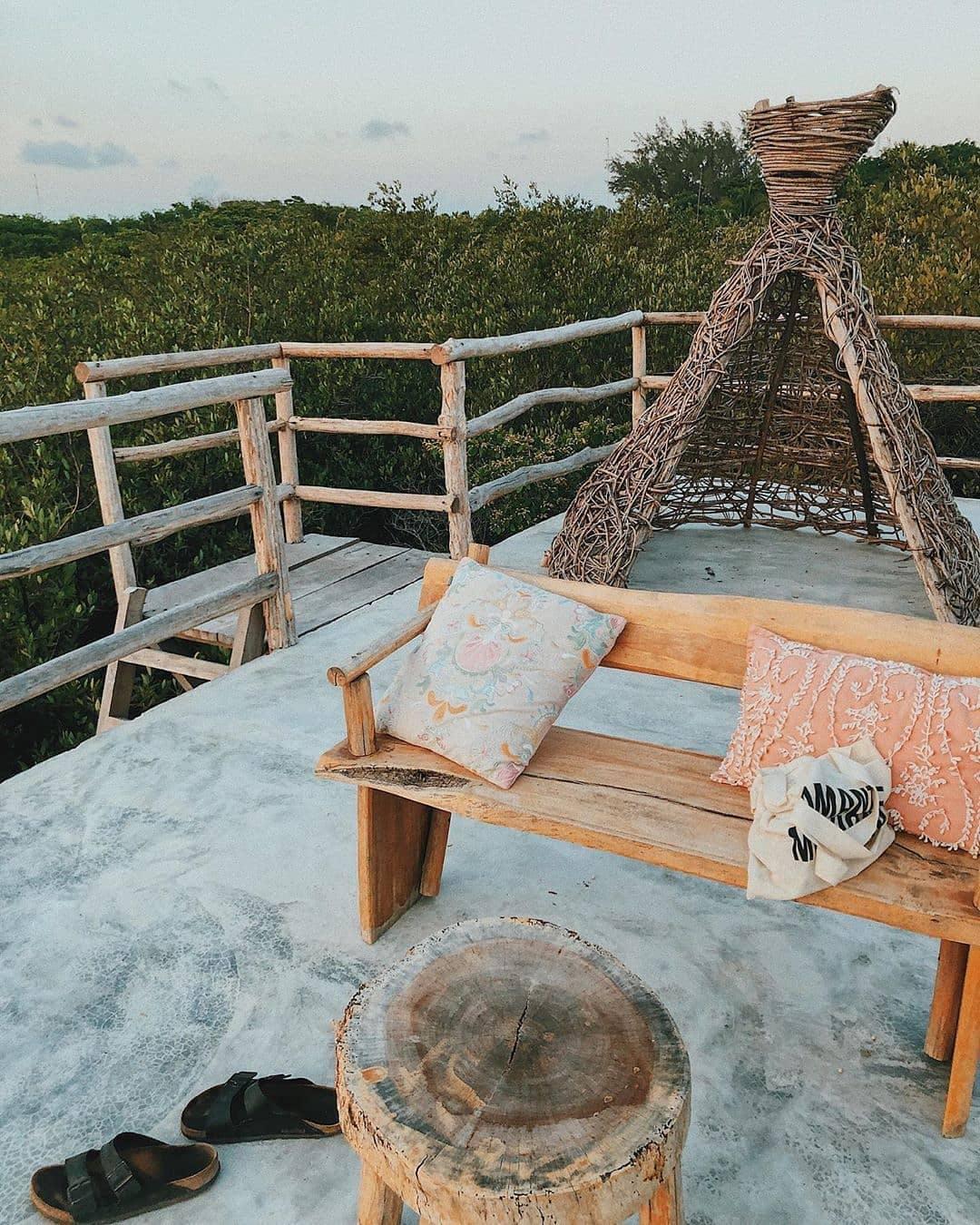32 Residents   Tulum Beach    Rustic Luxury Beach Villa - Incl. Coworking + Pool
