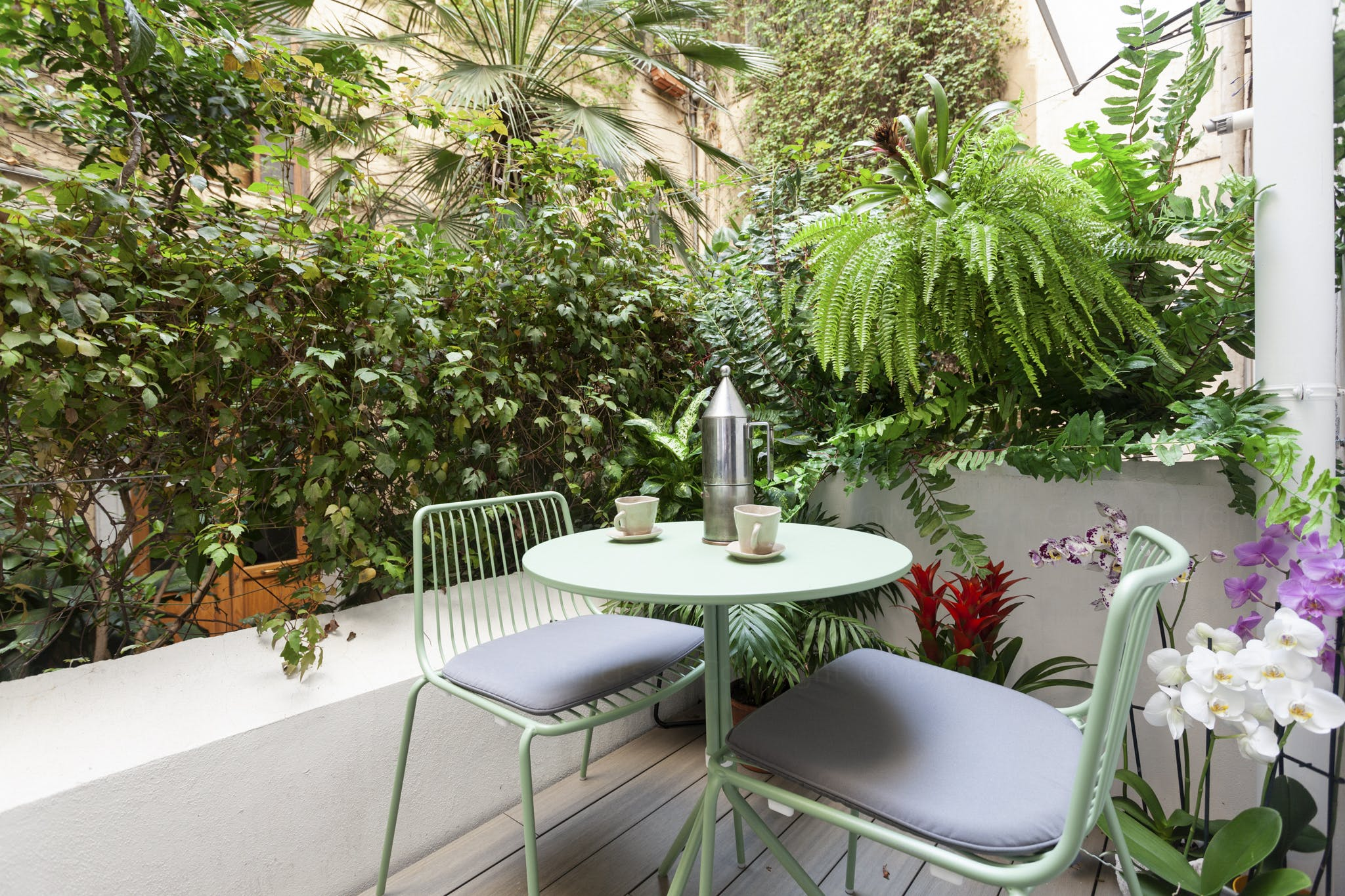 8 Residents | Via Agrigento - Libertà | Vintage Style Townhouse - Incl. Coworking + Private Terrace