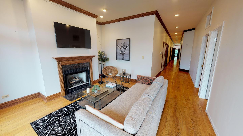 5 Residents | Lake View | Gorgeous Designed Apt. w/ Terrace