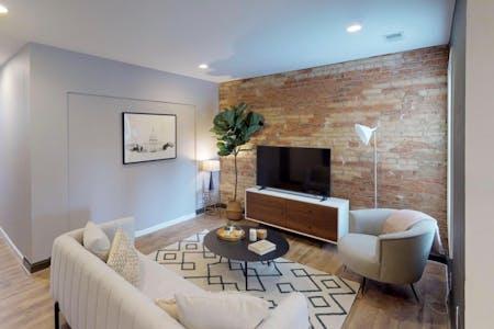 6 Residents   Edgewood - Bloomingdale   Cozy Renovated Home w/ Backyard