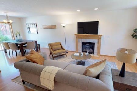 Stunning Comfortable House w/ Backyard + Terrace