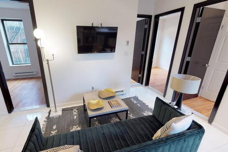 4 Residents   W 108th St. - Upper West Side   Modern Comfortable Apt.
