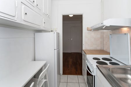 3 Residents | 20th Arrondissement | Convenient Apt.