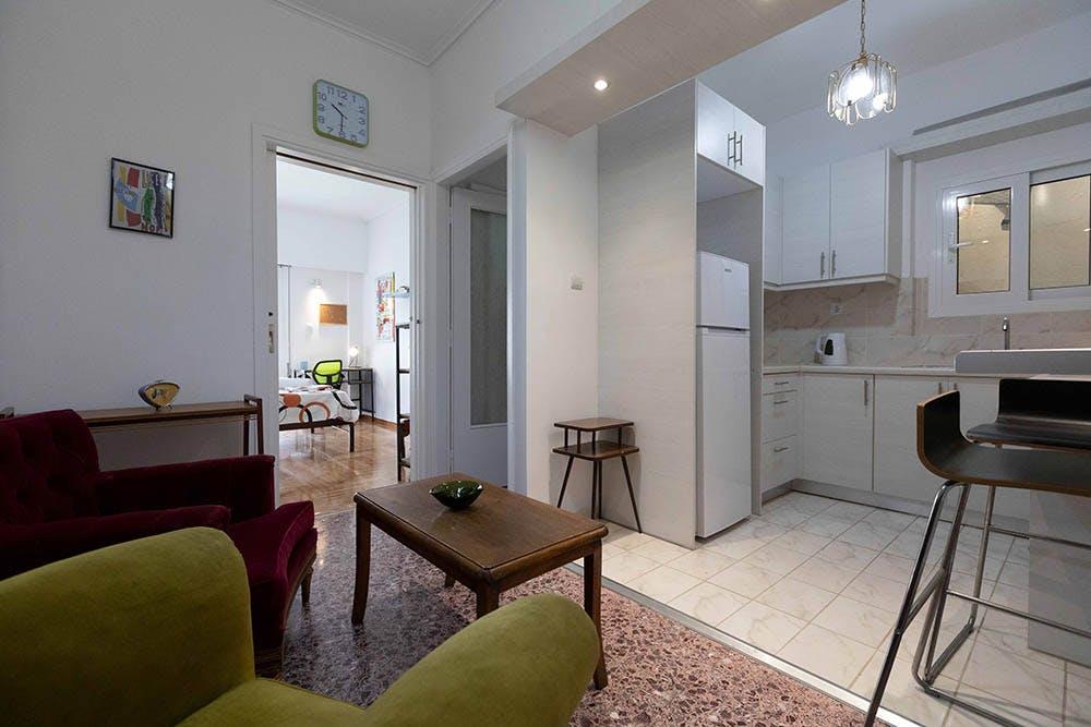 3 Resident | Keramikos | Radiant Cozy Apt. - Incl. Terrace