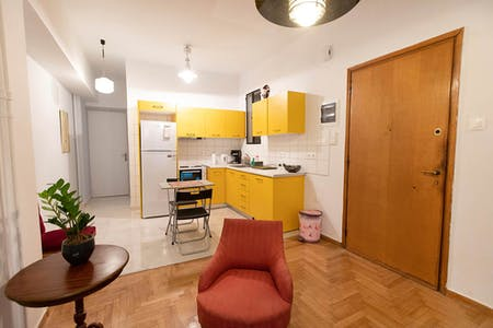 3 Residents | Kipseli - Near the City Center | Comfy Colorful Apt.  Incl. Terrace
