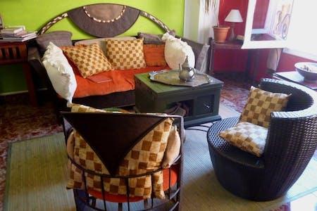 11 Residents | El Carmen | Stylish Traditional Apt. w/ Terrace