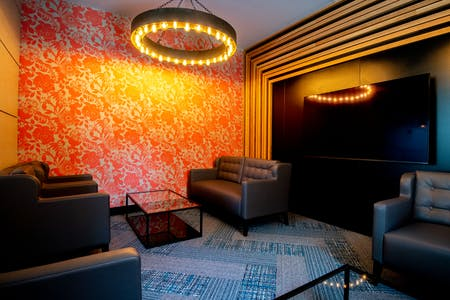 Upscale Modern Complex  w/ Coworking + Lounge Areas