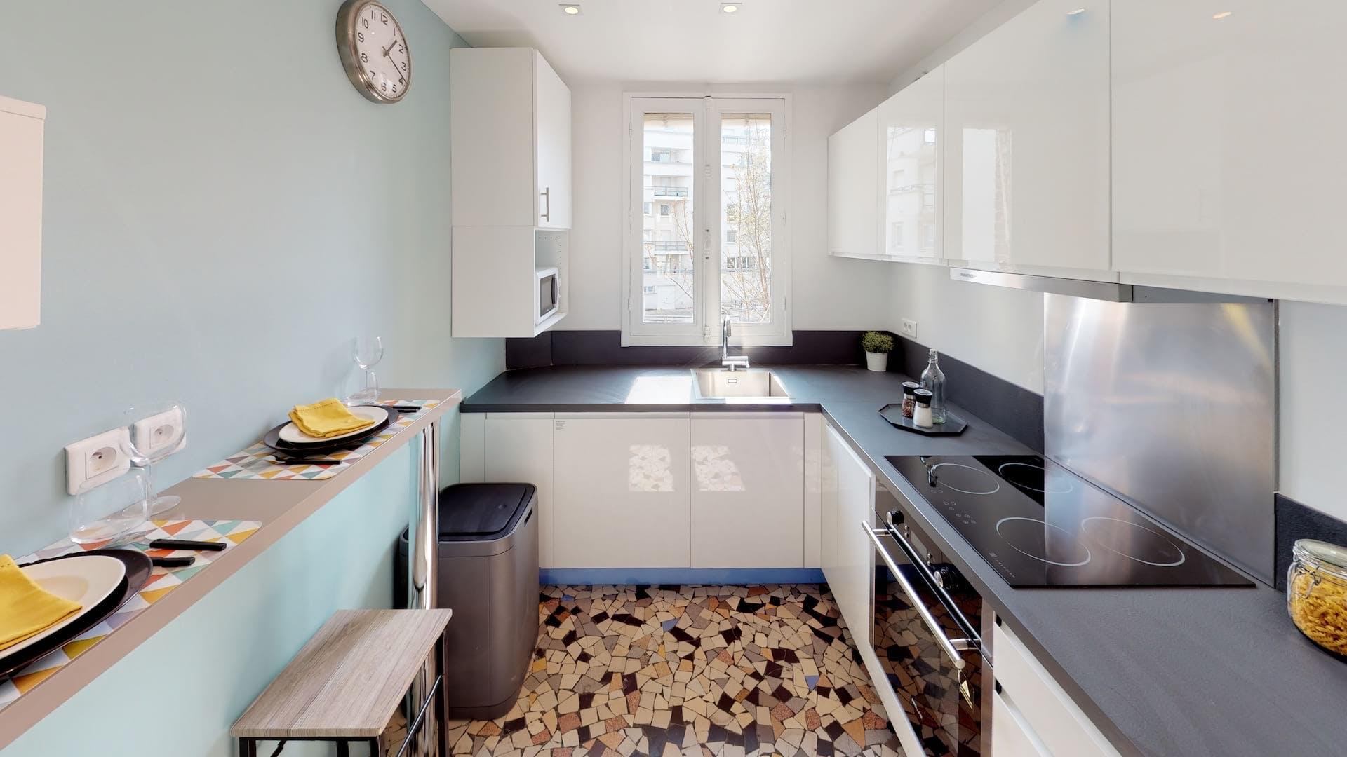4 Residents | Courbevoie | Elegant & Cozy Apt - Incl. Workspace