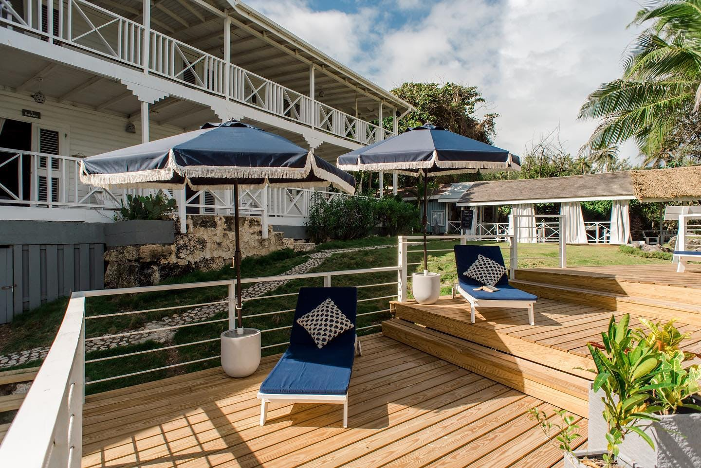 Stunning Beach Villa w/ Workspace + Yoga Deck