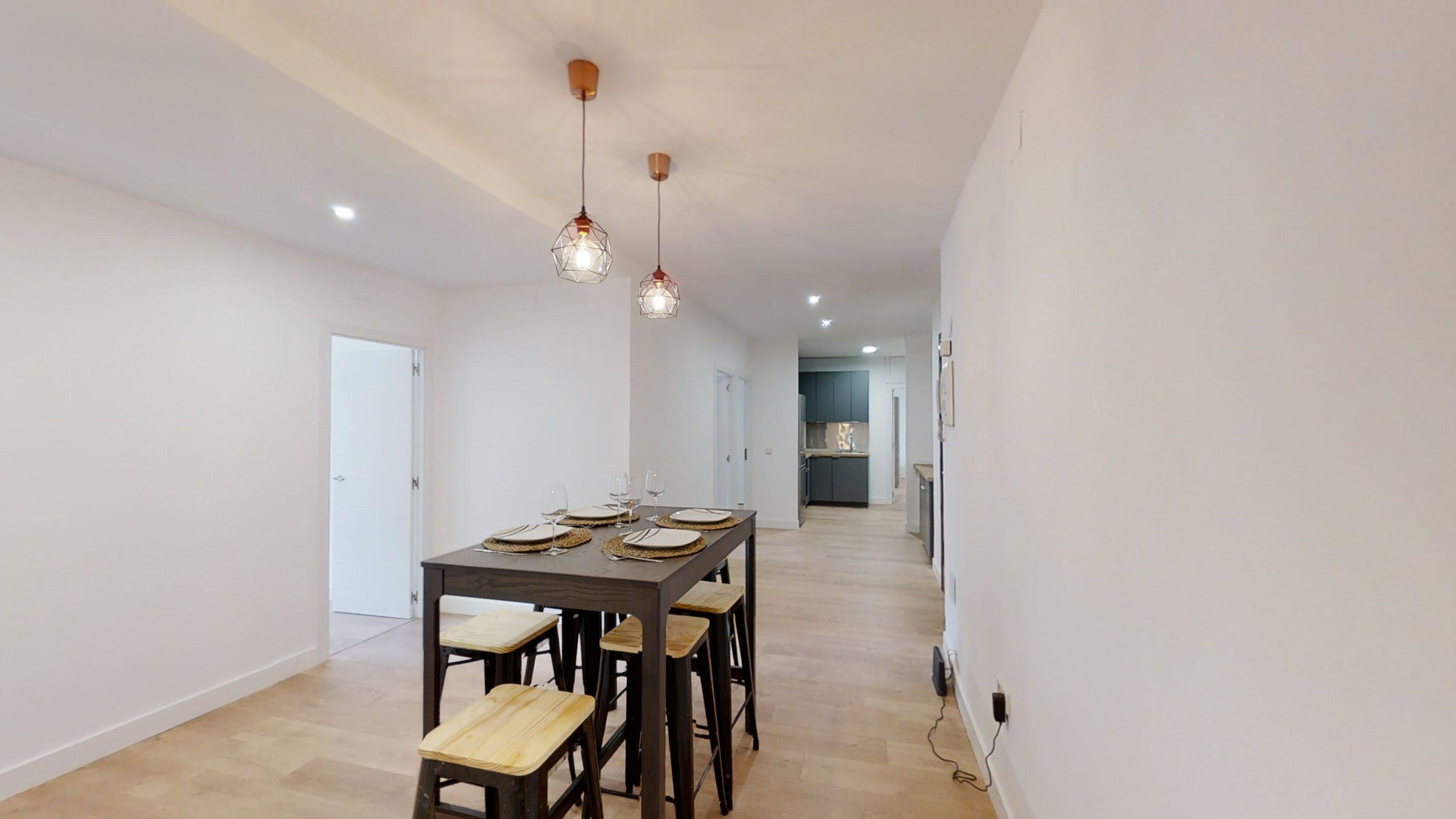7 Residents   Almagro - Chamberi   Cozy Modern Apt. w/ Large Workspace