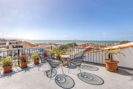 61 Residents | Bairro João David Soares | Stunning Beach Villa w/ Rooftop + Pool