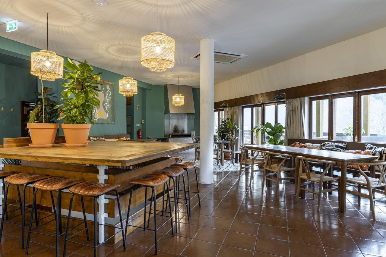 32 Residents | Vilar da Veiga | Relax Modern Complex w/ Coworking + Yoga Deck
