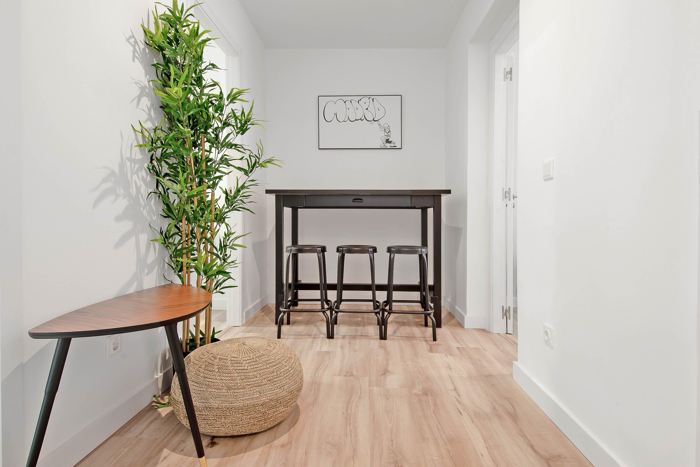 9 Residents | Chamberí | Charming & Modern Apt w/ Workspace