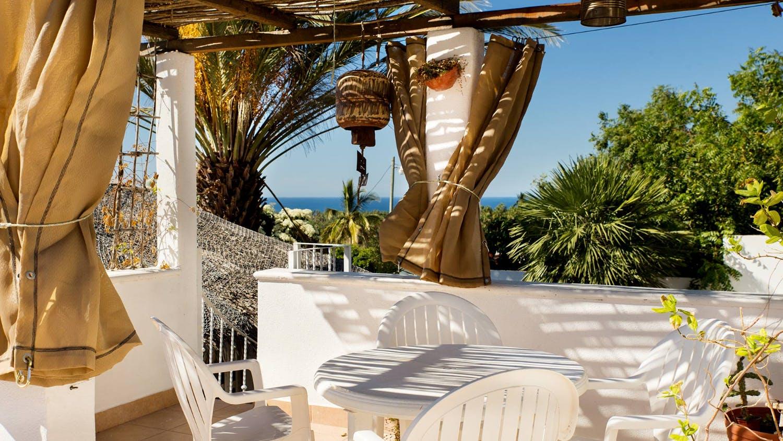 14 Residents | Todos Santos | Serene & Airy Villa w/ Outdoor Gym + Pool