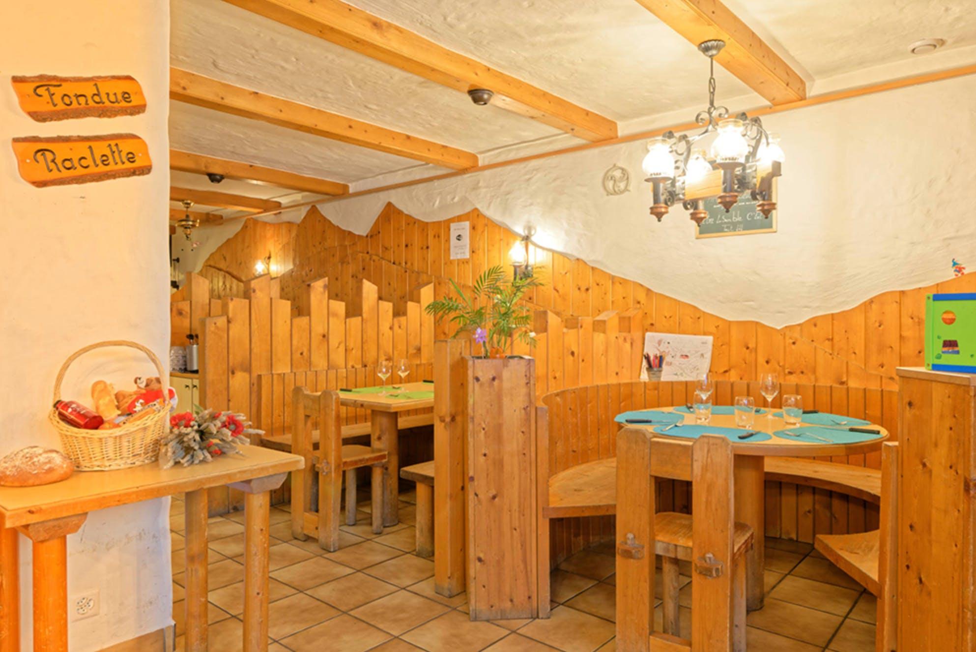 24 Residents | Bourg St Pierre | Antique Lodge w/ Carnotzet + Infrared Sauna