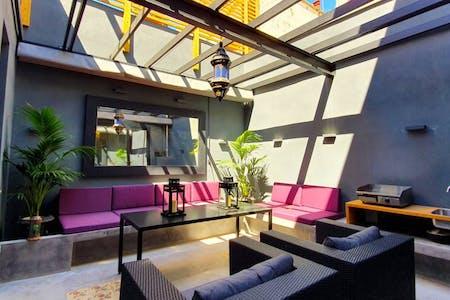Cosmopolitan Designed Villa w/ Coworking + Terrace