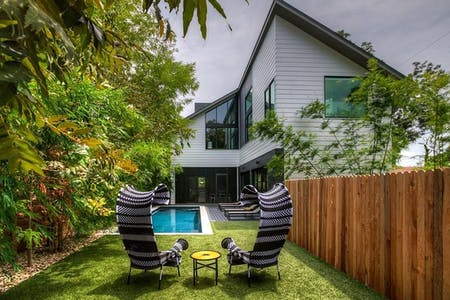 10 Residents | East Cesar Chavez | Upscale House w/ Lap Pool + Coworking + Large Deck