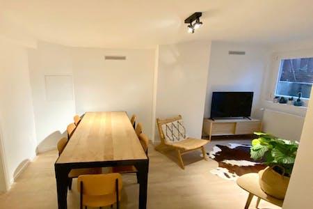 9 Residents | St. Pauli | Comfortable Cozy Apt. w/ Coworking