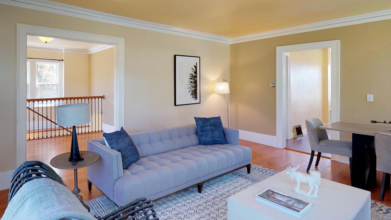 7 Residents   Beacon Hill   Spacious Bright House w/ Terrace + Backyard