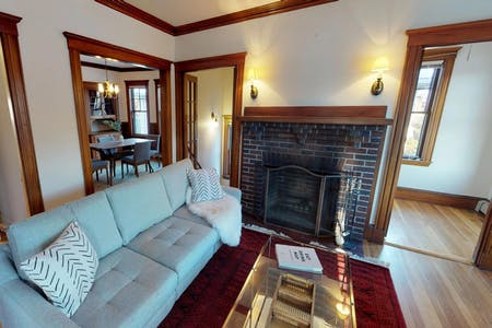 4 Residents   West Cambridge   Lovely Charming House w/ Backyard