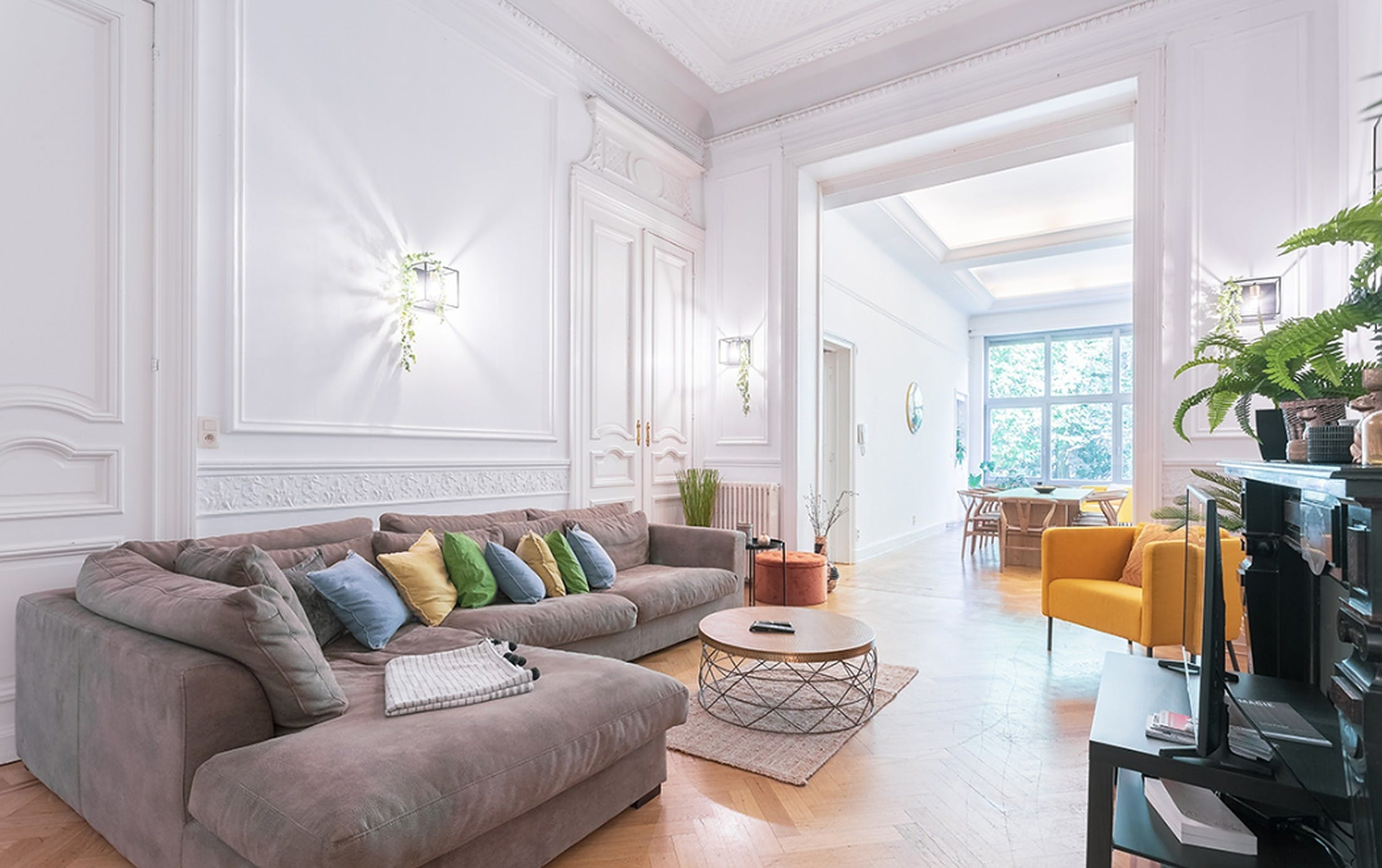 10 Residents | Saint-Gilles | Stylish Outstanding House w/ Roofdeck