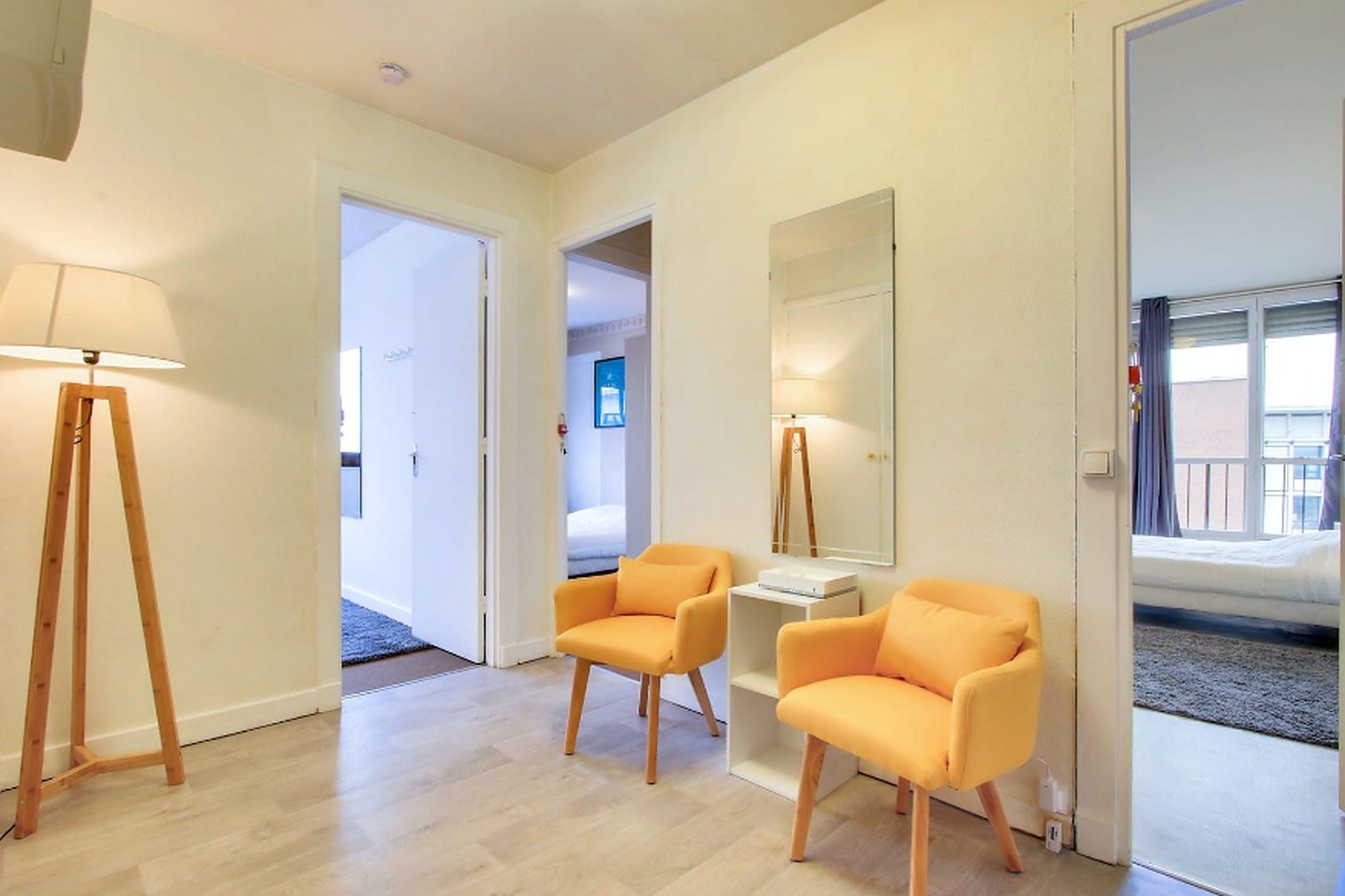 3 Residents | Vieux Ville | Stunning Cozy Apt.