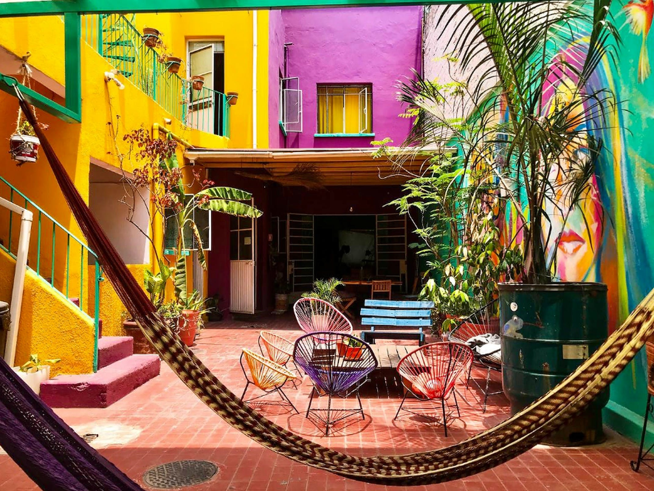 20 Residents | Colonia Americana | Colorful Traditional House w/ Coworking