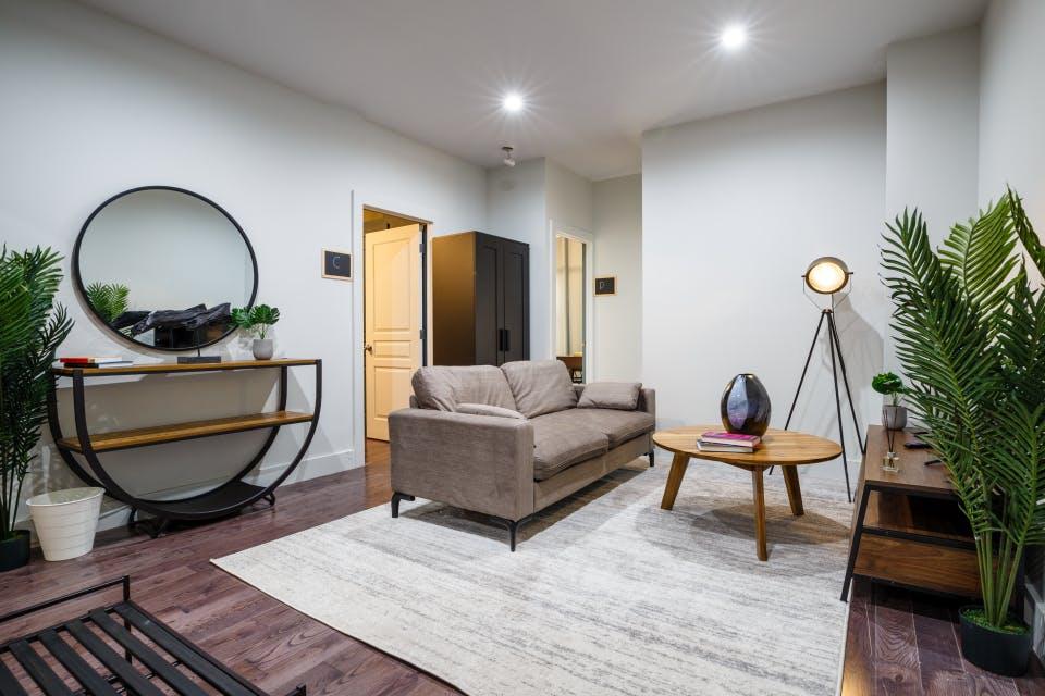10 Residents | St. Nicholas Ave. - West Harlem | Modern Cozy Apt.