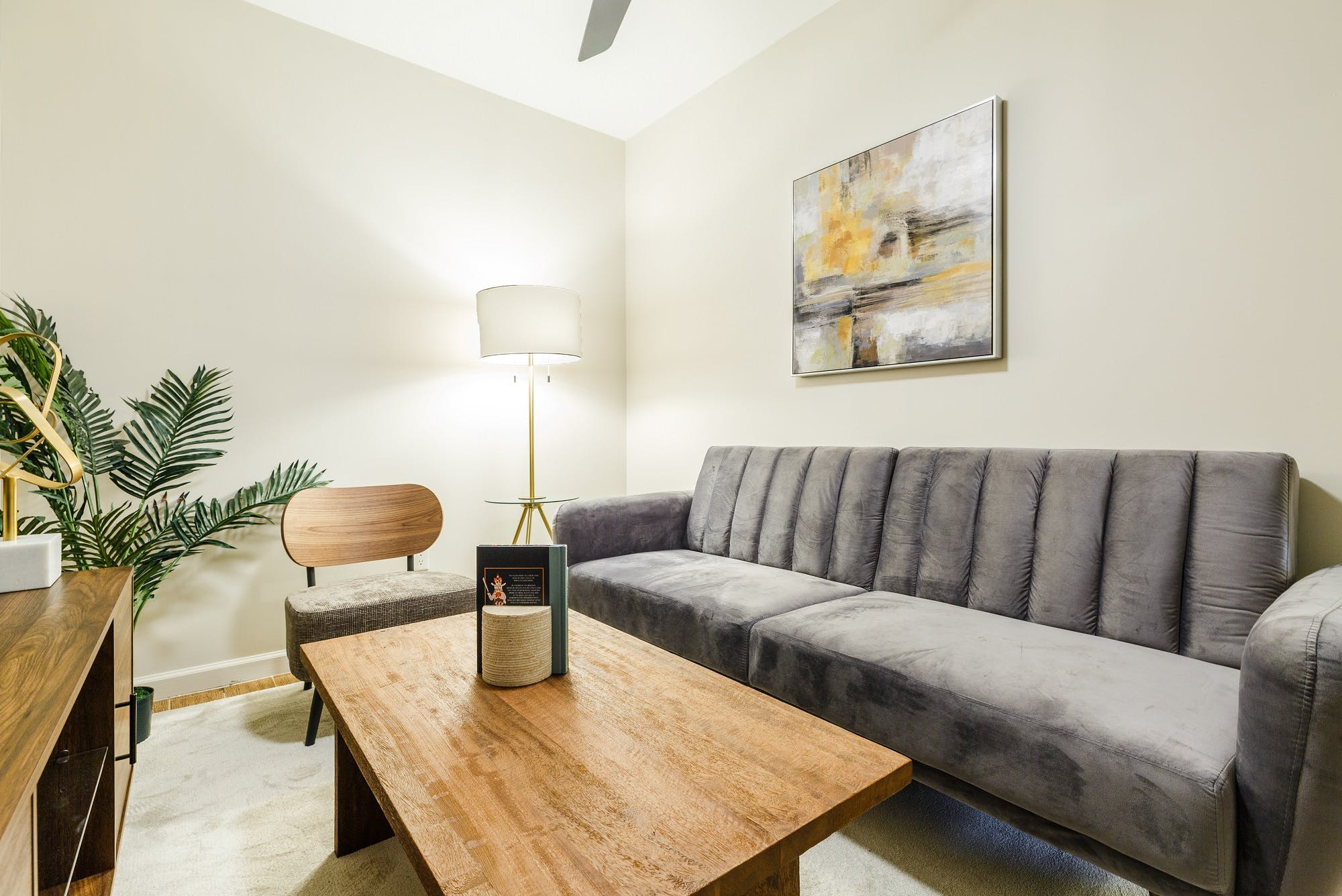 6 Residents | Eldridge St. - Chinatown | Bright Elegant Apt.
