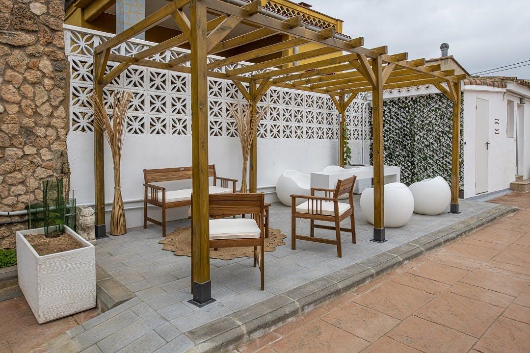 Stunning Beach Villa w/ Pool + Coworking + Terrace