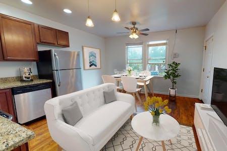 3 Residents   Carver - Langston   Comfortable Spacious House w/ Backyard