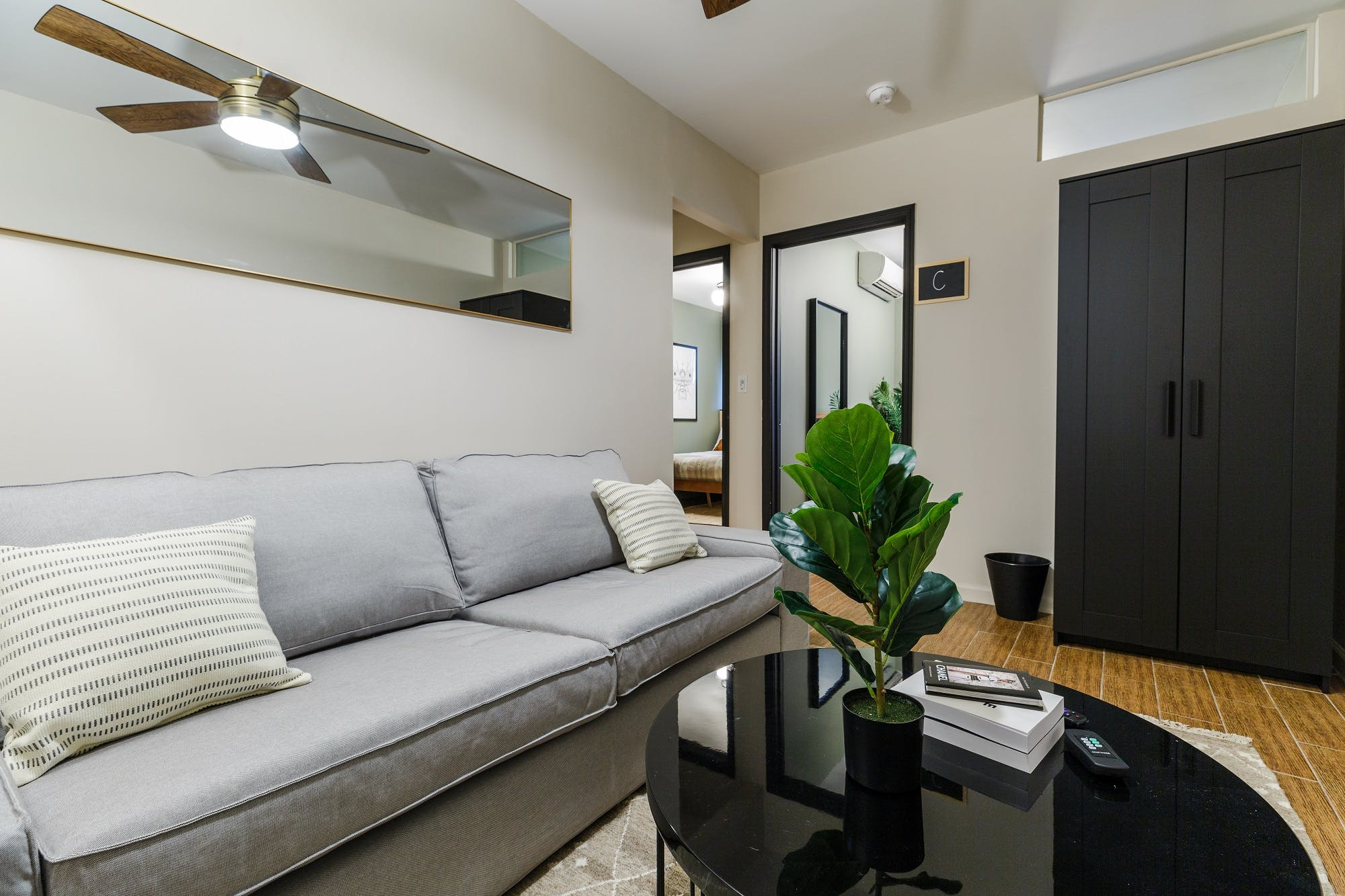 6 Residents | Eldridge St. - Chinatown | Comfortable Bright Apt.