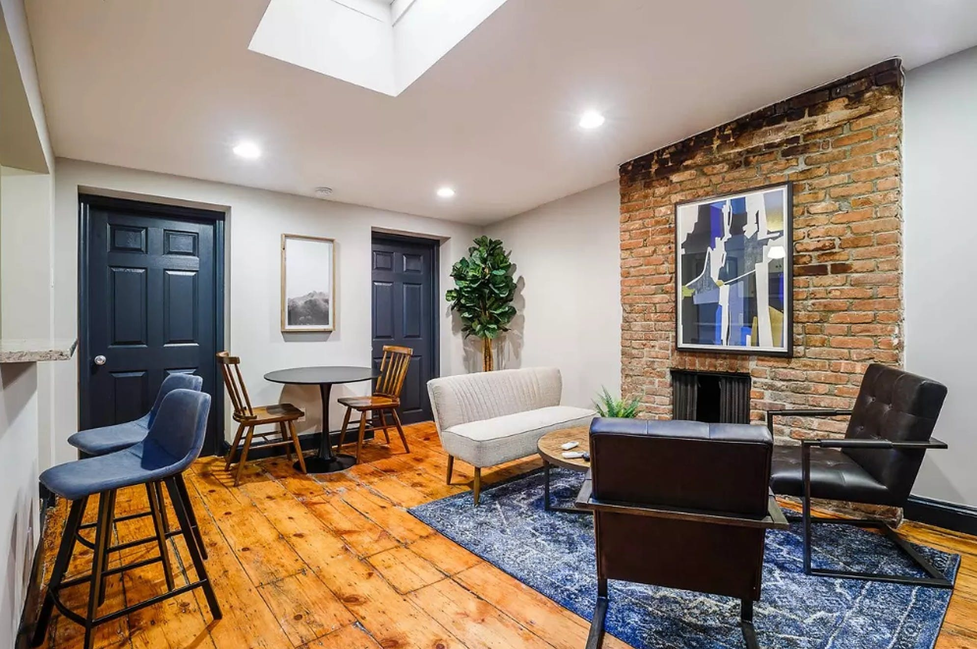 8 Residents | W 11th St. - Greenwich Village | Deluxe Stunning Apt.