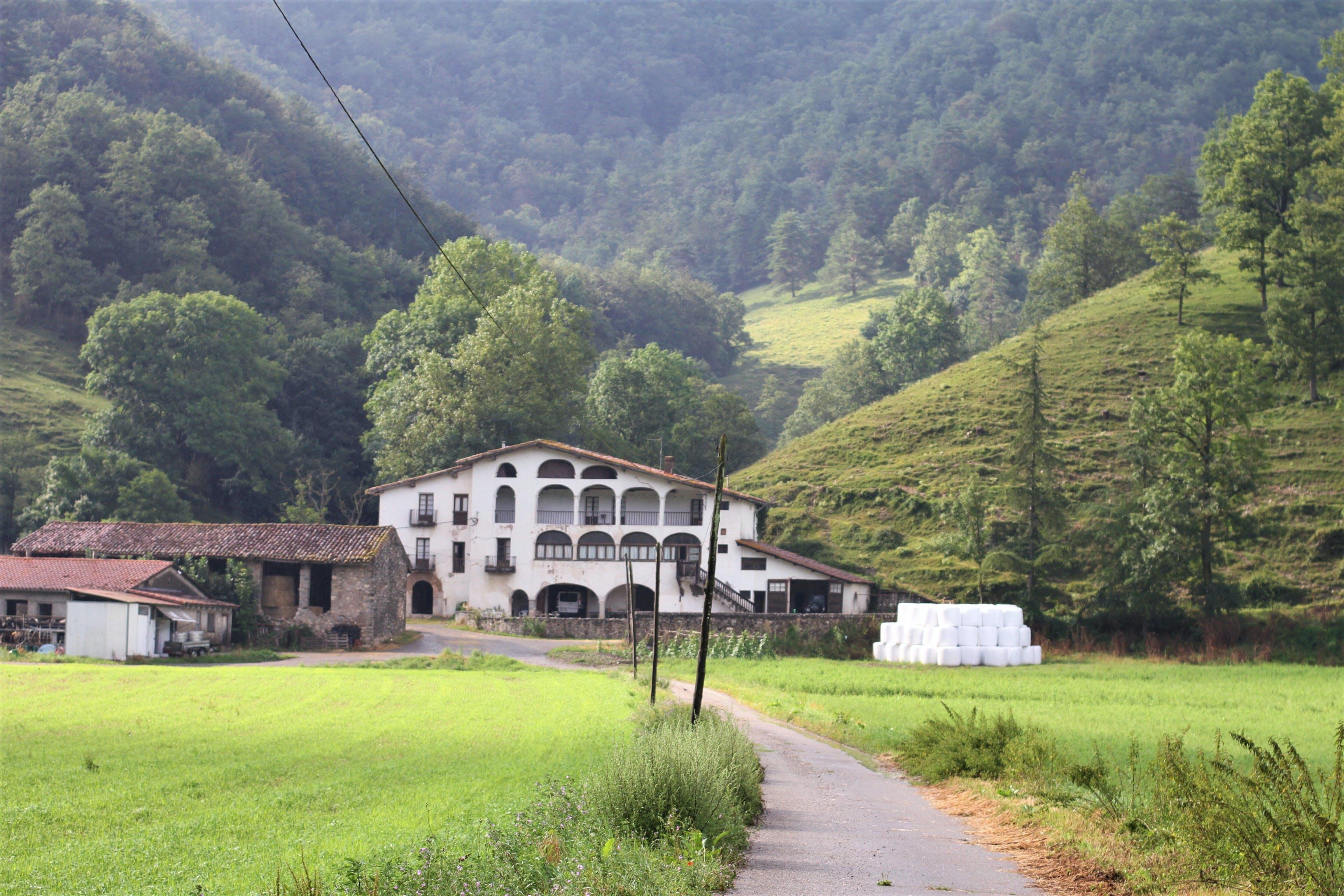 6 Residents   Vall de Camprodon   Stunning Rural House w/ Farm + Terrace