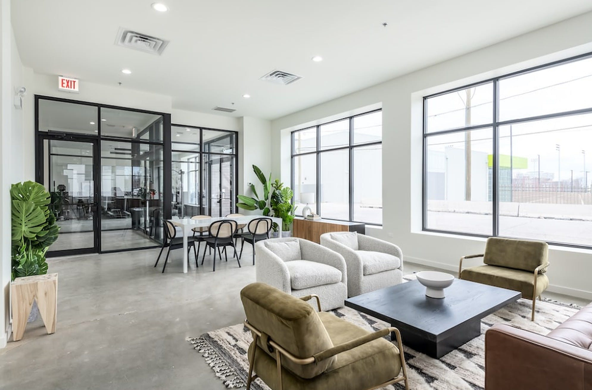 Outstanding Luxury Complex w/ Terrace + Gym + Theatre