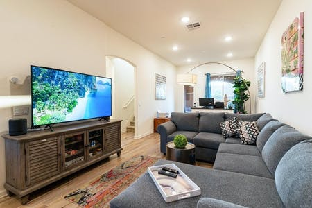 Outstanding Stylish House w/ Terrace + Oceanviews